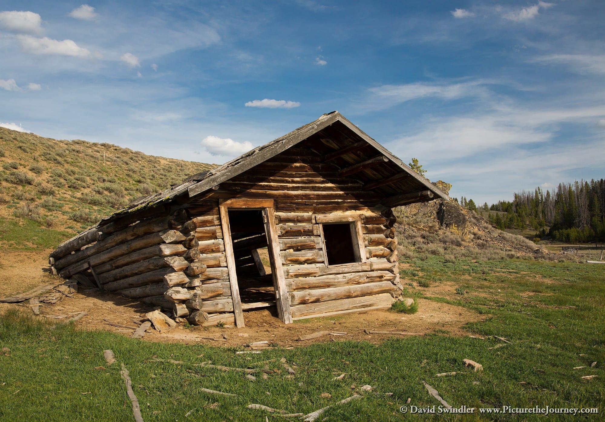 1Sinking Cabin