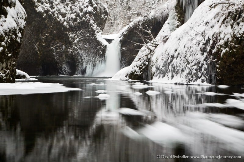 Moving Ice in Punchbowl Falls