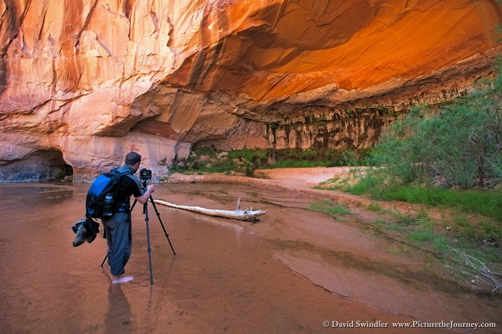 Photographing Coyote Gulch