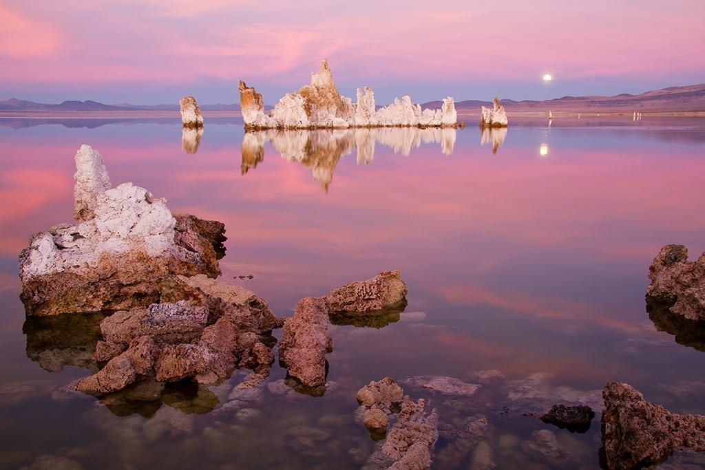 Alpenglow on Mono Lake
