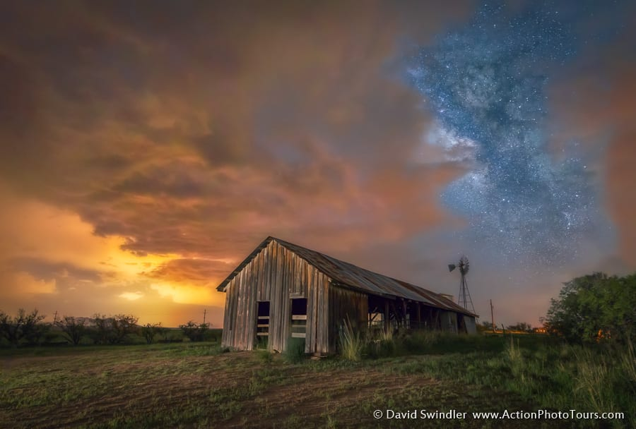 Milky Way with Barn