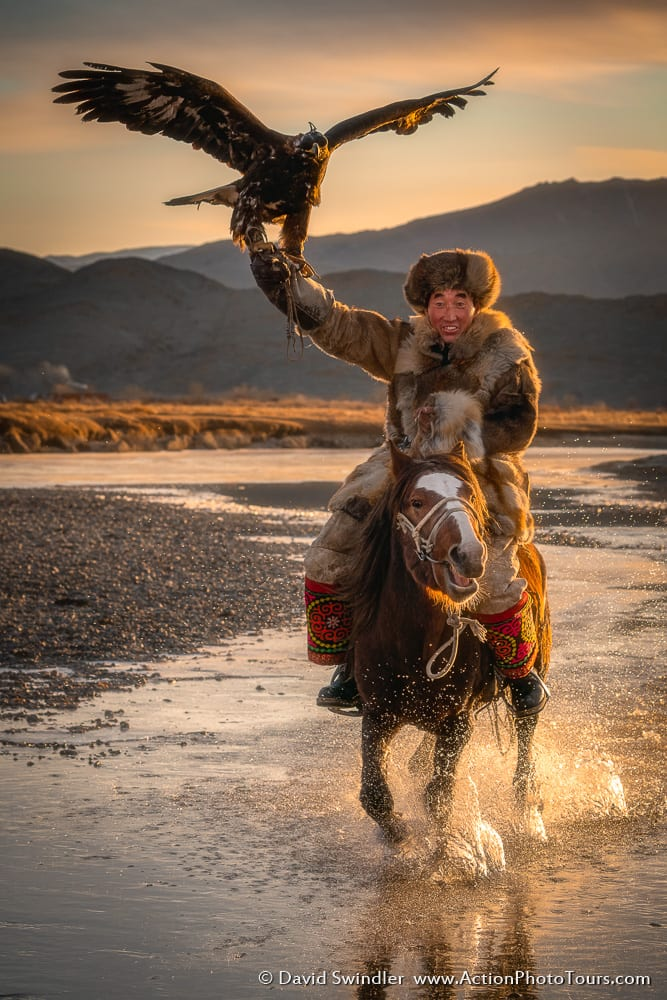 Mongolia Eagle Hunter Horse Riding