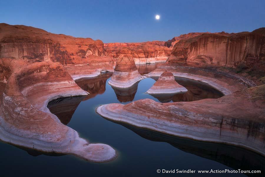 Reflection Canyon Moonrise
