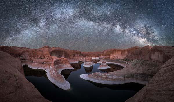 Reflection Canyon by night